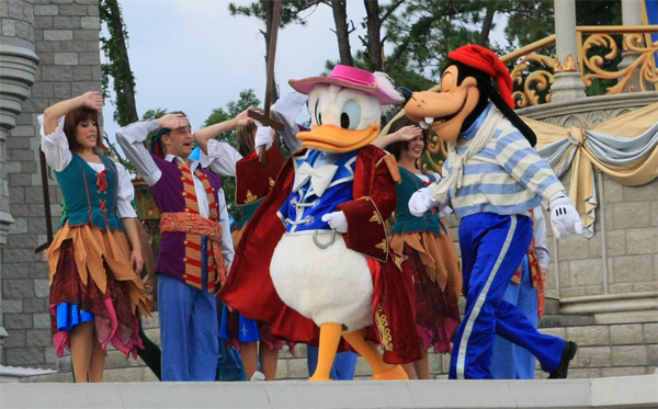 donald_duck_goofy_disney_world1