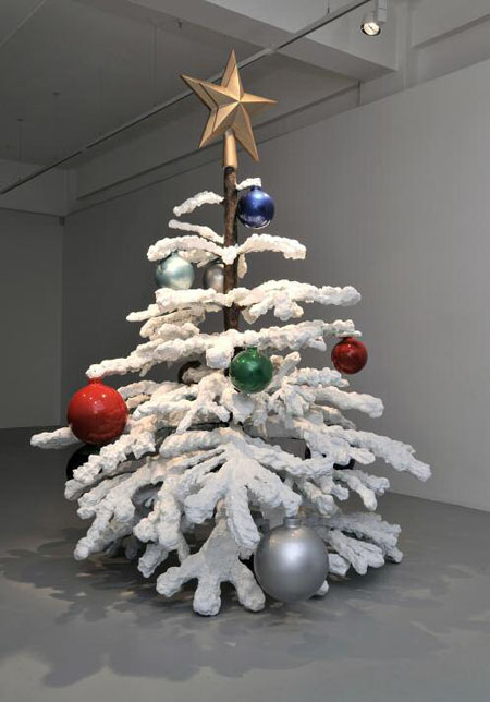 Philippe Parreno: Christmas Tree