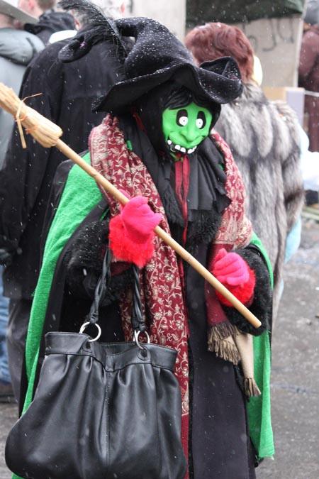 Karneval_Duesseldorf_2010_Hexe