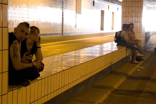 Still-Leben A40: Punks im Autobahntunnel unter dem Essener Zentrum